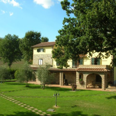 Farmhouses and Villas in the countryside
